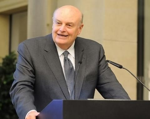 William S. White, addressing the European Foundation Centre in 2009.