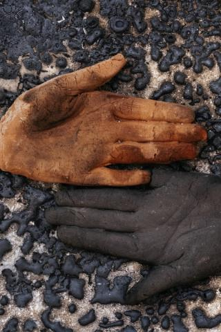 Marie Woo gloves