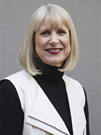 MacArthur Vice President and Chief Investment Officer Susan E. Manske